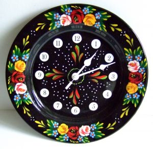 Pie dish clock image